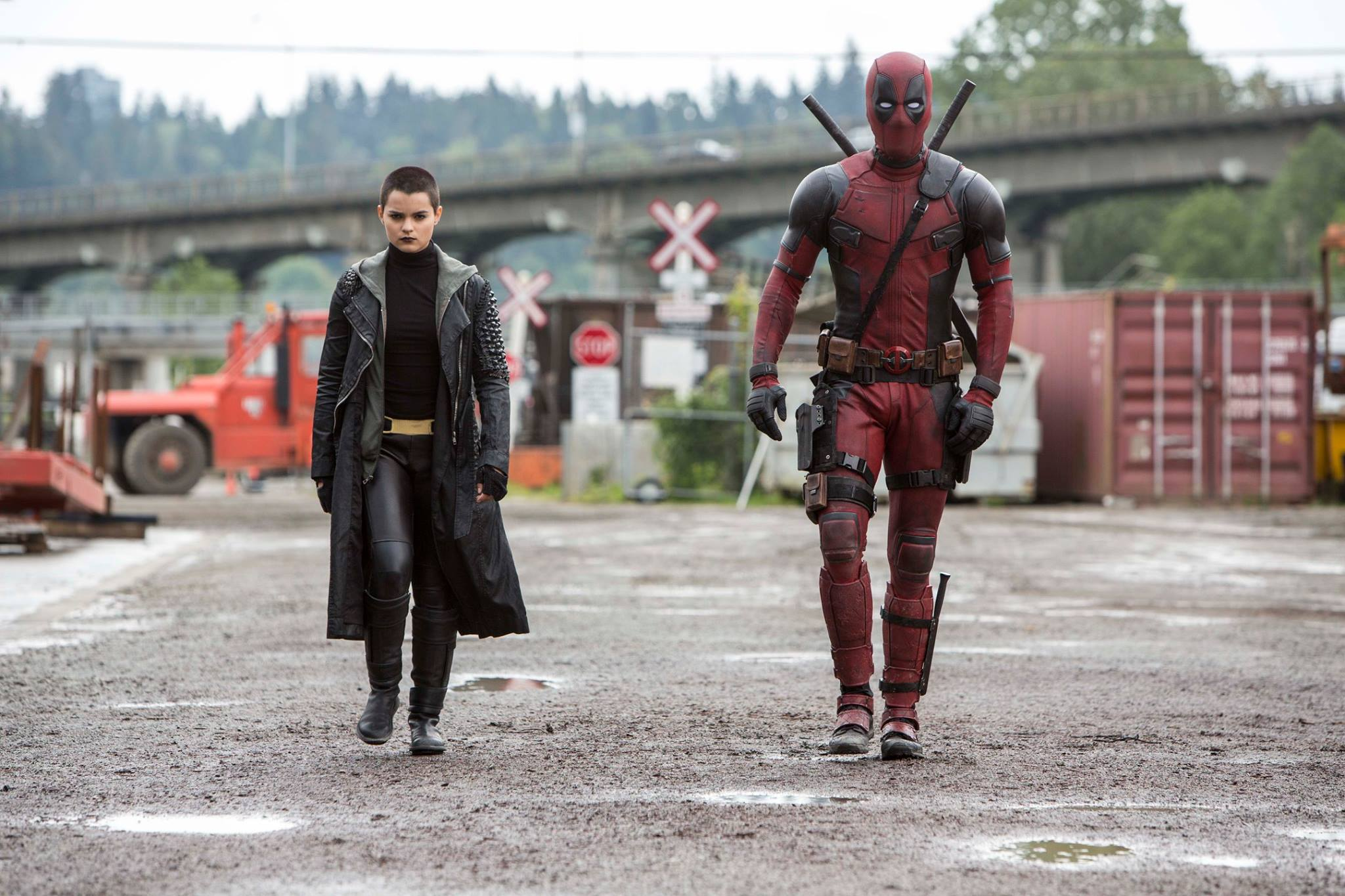 'Deadpool' Movie review by Lauren Steffany - LATF USA