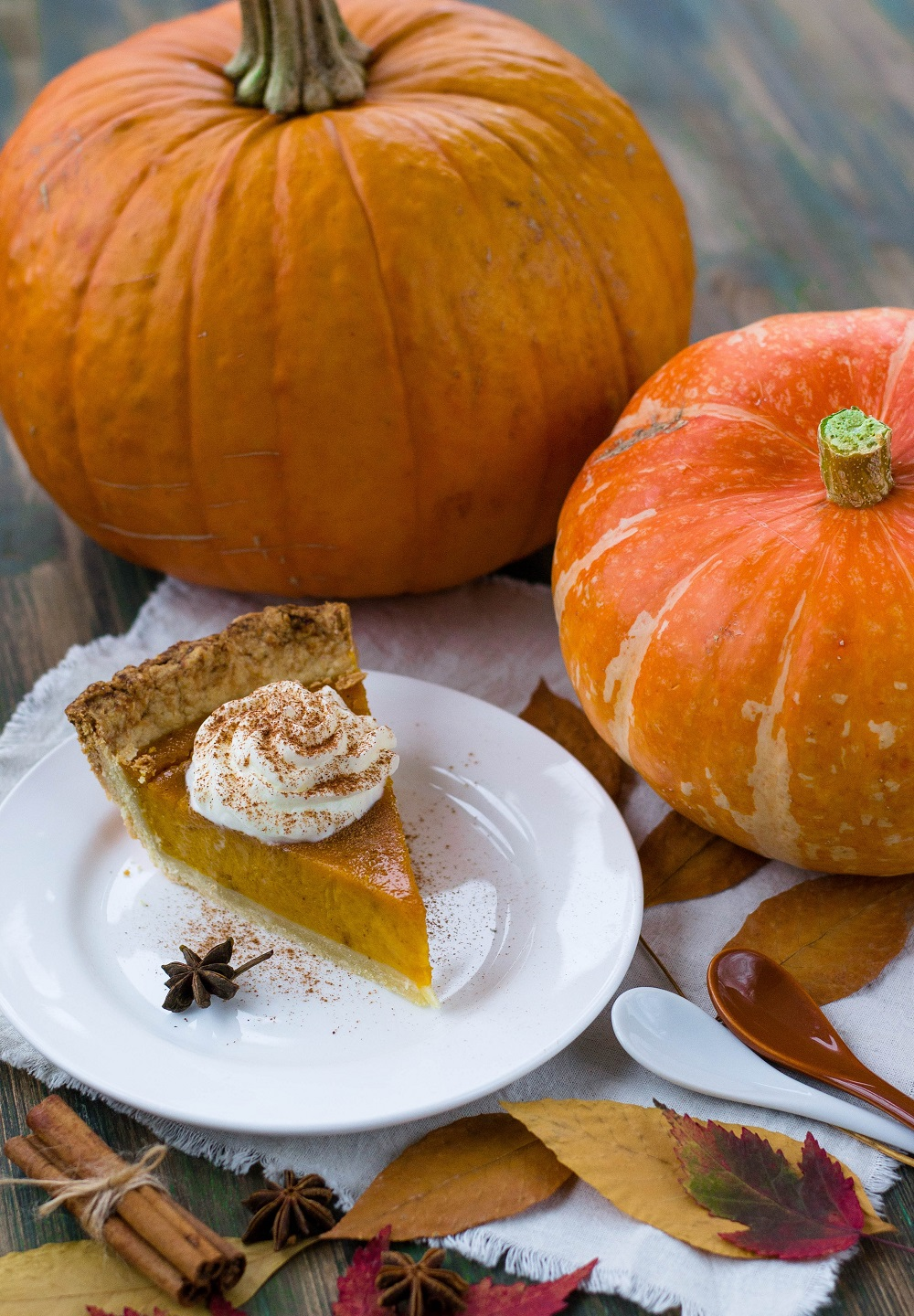 Simply organic, spiced pumpkin pie recipe