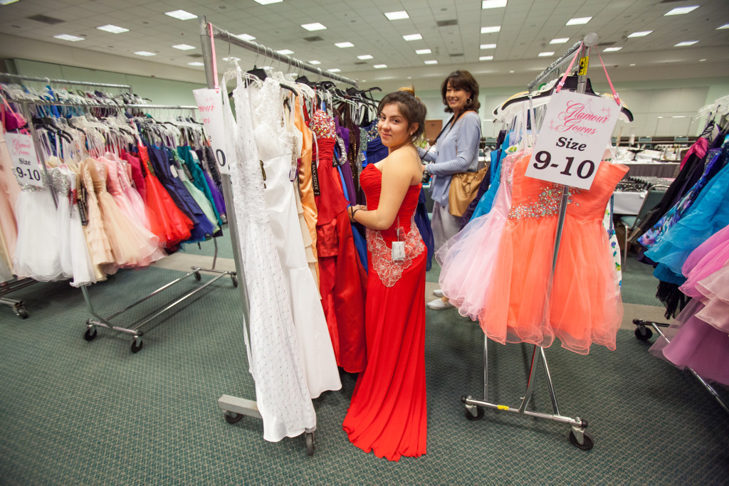 "CASA of LA's ""Glamour Gowns & Suit Up 2019"" Provides Free Prom Dresses, Suits, Shoes & More For Girls and Boys In Foster Care"