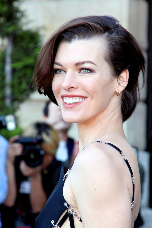 Milla Jovovich | Known people - famous people news and