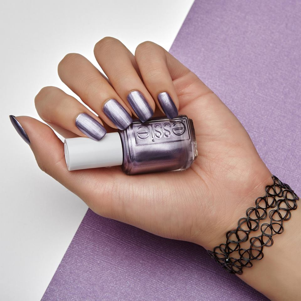 Essie Goes 90\'s Style With New Fall Colors | LATF USA