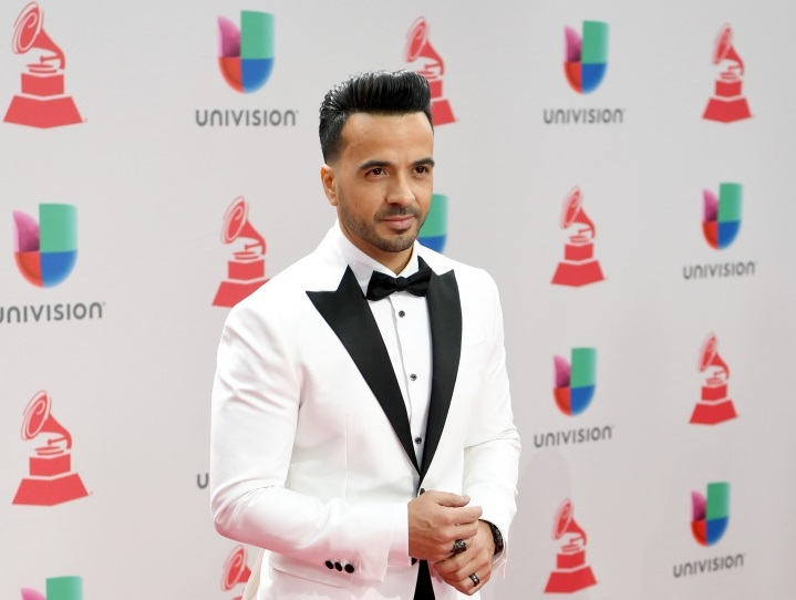 www.latingrammy.com