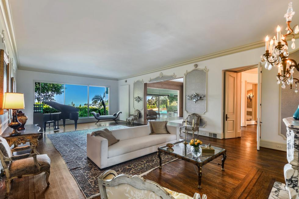 Zsa Zsa Gabors Bel Air Home On The Market For $23 Million