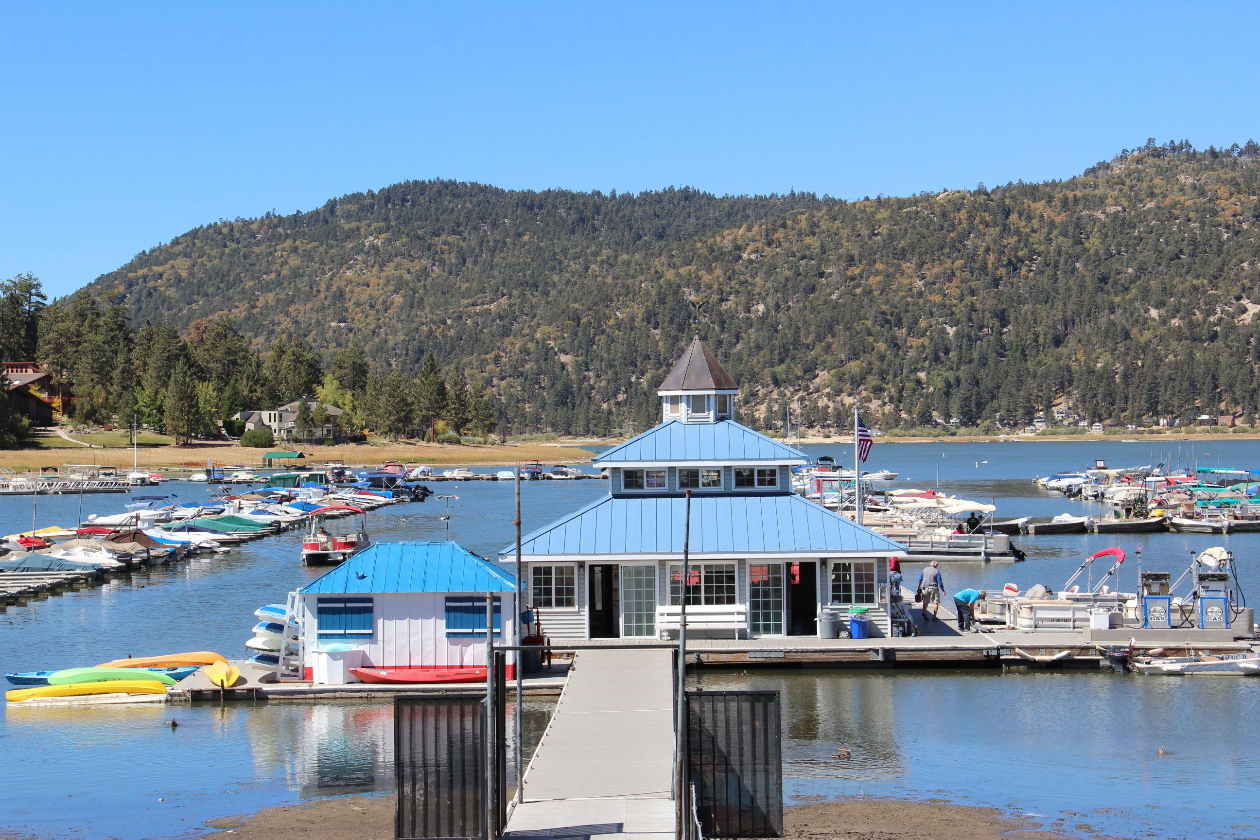 holloway's marina, big bear